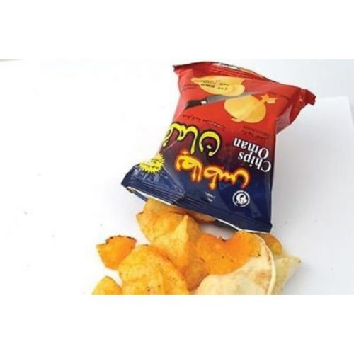 Chips Oman Fresh Potato Chips with Chilli Flavour 15 gm