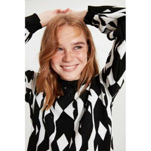 Women's Crew Neck Black Jacquard Tricot Sweater